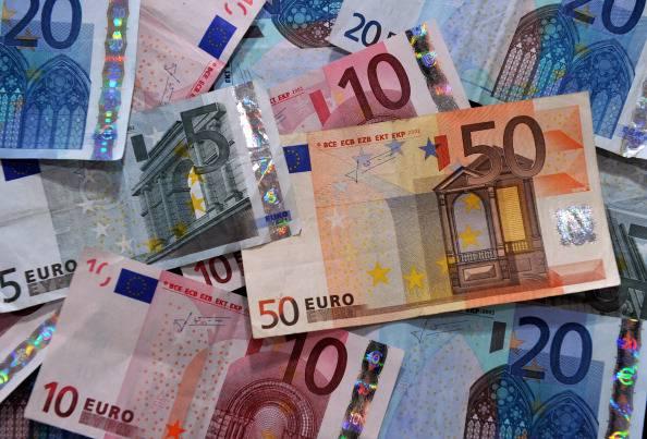 Sondaggio Ixé, 8 italiani su 10 si aspettano nuove tasse