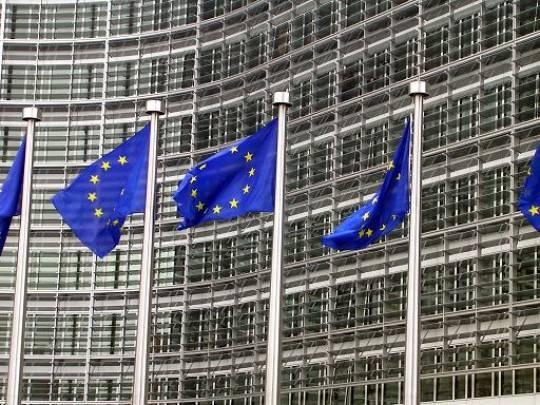 Crisi, sfuma l'Ecofin previsto per domani. Confermato il vertice Ue