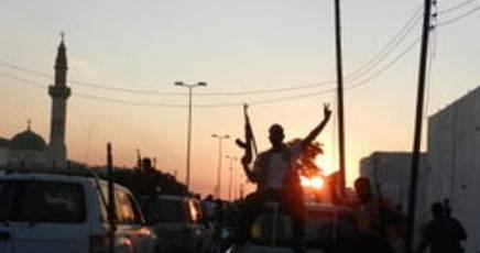 Guerra in Libia: ribelli entrano a Bani Walid, battaglia con truppe di Gheddafi