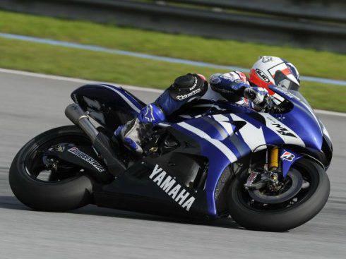 MotoGp 2011: Yamaha sfila in Thailandia, Lorenzo si esibisce nel centro di Bangkok
