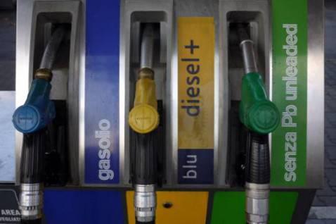 Distributore di benzina (ANDREAS SOLARO/AFP/Getty Images)