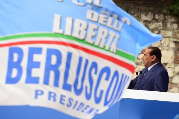 """Sondaggio Swg: il Pdl torna primo partito. Augusto Minzolini: """"Gente indignata da sentenza Ruby"""""""