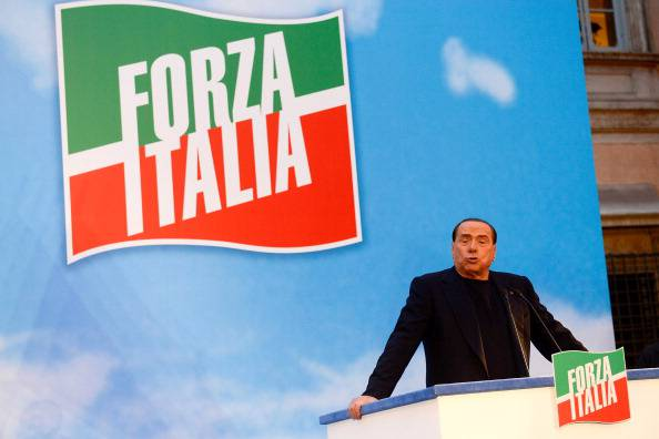 """Silvio Berlusconi: """"Election day il 25 maggio e io capolista in tutte le Regioni"""""""