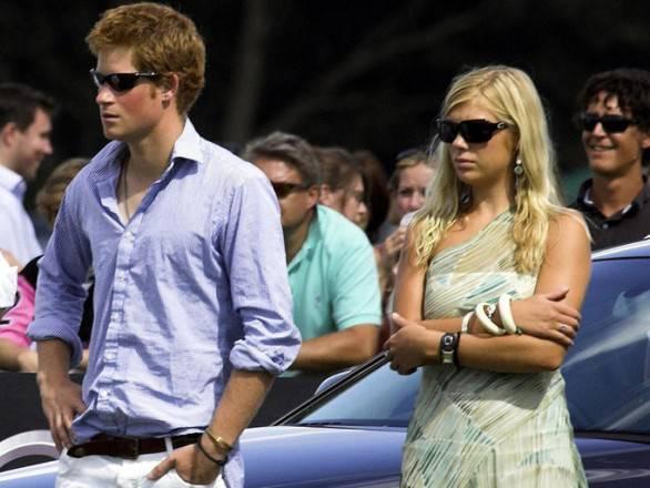 Inghilterra: niente indagine per la pubblicazione delle foto sul principe Harry