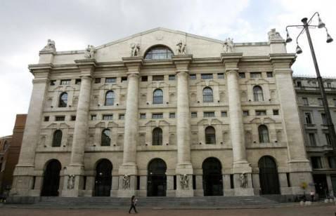 Mercati la borsa di milano chiude in rialzo lo spread for Mercati oggi a milano
