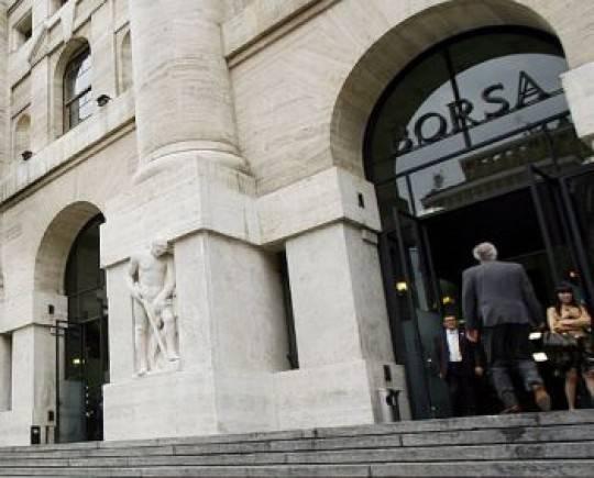 borsa milano31 e1323883983938 Il declassamento della Francia pesa sulle Borse, Piazza Affari a  1,20%