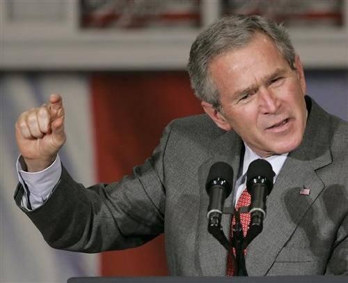 """L'ex presidente Bush nelle sue memorie: """"Autorizzai il waterboarding"""""""