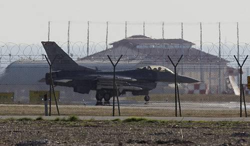 Guerra Libia: la Nato non si scusa per i ribelli morti nel raid su Brega