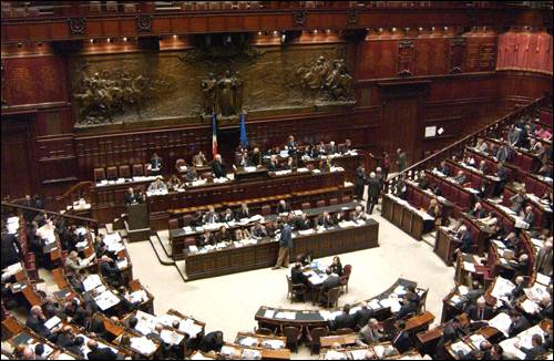 Processo breve aula camera approva la richiesta del pdl for Camera dei deputati ordine del giorno