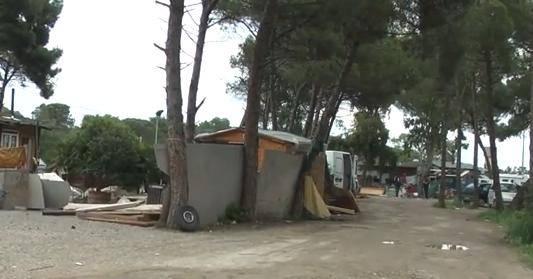 Grecia: mistero sull'identità della bambina bionda trovata in campo rom