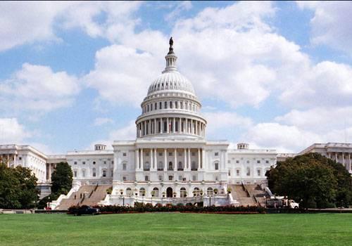 Washington: bloccato dall'Fbi sospetto attentatore suicida nei pressi del Congresso
