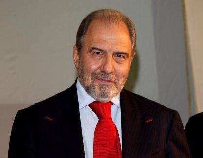 Bufera in Rai, Antonio Caprarica lascia e annuncia azioni legali