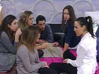 Diretta live Grande Fratello 11, Guendalina e Rosa gelose di Caroline
