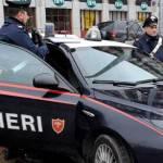 Pitone bianco difendeva base dello spaccio: blitz antidroga a Caserta, 25 arresti