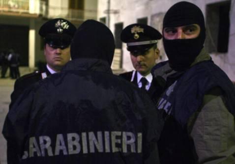 Agenti del Ros dei Carabinieri (Foto: MARIO LAPORTA/AFP/Getty Images)