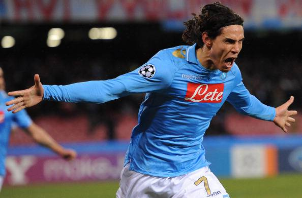cavani32 Calciomercato Napoli, 50 milioni dal Manchester City per Cavani