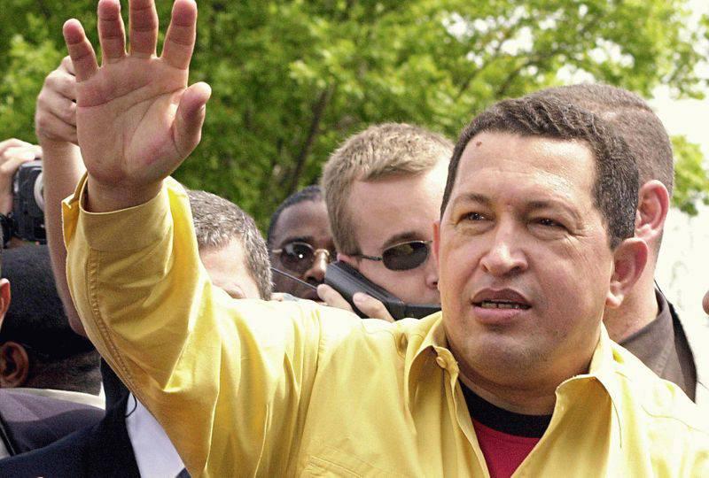 Il Presidente venezuelano Hugo Chavez torna a Cuba per nuove cure