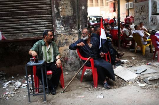 Egitto, formazione governo provvisorio: critiche contro il decreto costituzionale