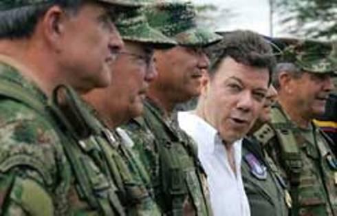 IN COLOMBIA DESTITUITI 10 MILITARI PER TORTURE E ABUSI SESSUALI SU RECLUTE / Nuovo scandalo nell'esercito colombiano