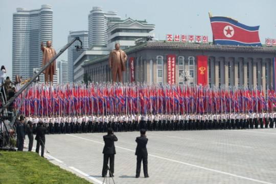 Corea del Nord: parata militare per il 60° anniversario dell'Armistizio