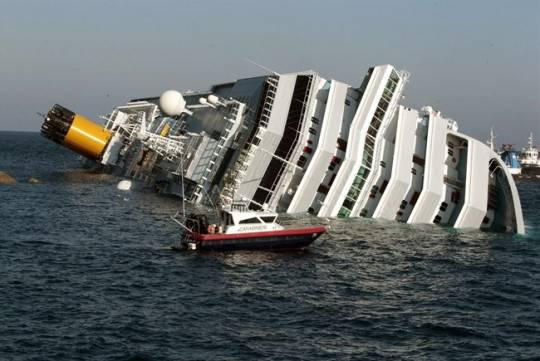 costa concordia3 e1326566105346 Diretta live Costa Concordia: notizie e aggiornamenti sul naufragio della nave