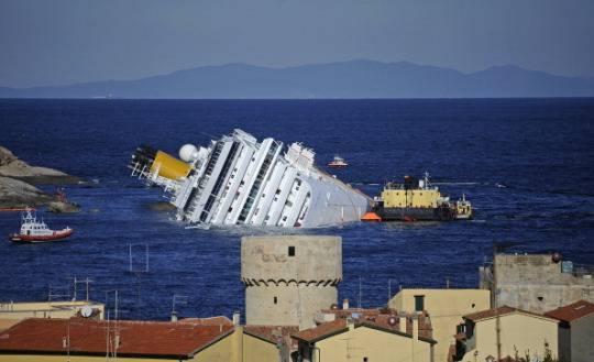 costa concordia giglio Naufragio Costa Concordia: recuperati i cinque cadaveri ritrovati giovedì