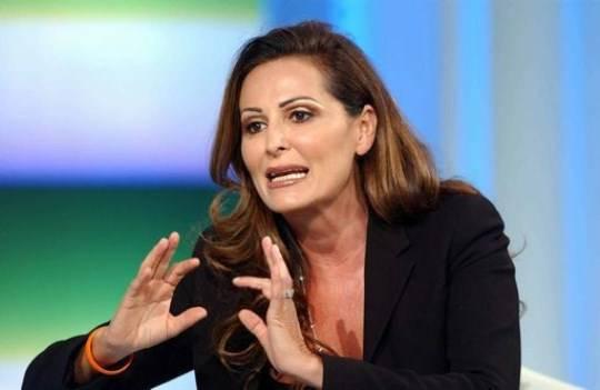 Servizio Pubblico, nona puntata: Daniela Santanchè parla del caso Cosentino e di evasione fiscale (video YouTube)