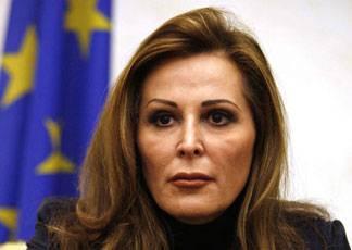"""Santanché (Pdl) al Palazzo di giustizia: """"Chi pagherà quando Silvio Berlusconi sarà assolto da questo processo?"""""""