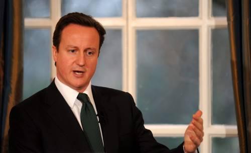 Cameron alla Camera dei Comuni: a Bruxelles ho difeso gli interessi britannici