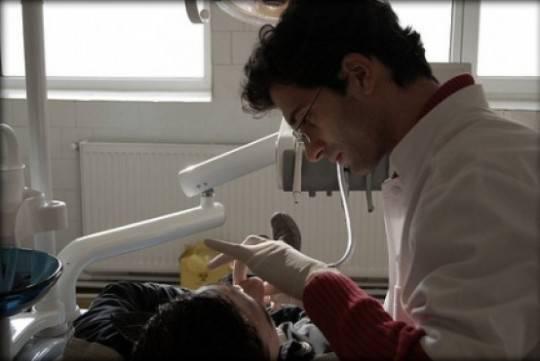 Igiene orale: la cura quotidiana di denti e gengive