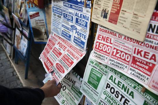 Ocse, rapporto indicatori sociali: aumenta povertà tra i giovani e crolla reddito delle famiglie in Italia
