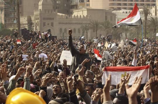 Egitto: Piazza Tahrir celebra il primo anniversario della rivoluzione