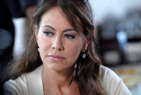 "Elena Sofia Ricci: ""Ho riscoperto la fede perduta"""