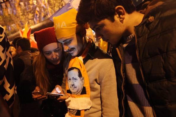 Turchia, elezioni amministrative: netta maggioranza del partito AKP del premier Erdogan