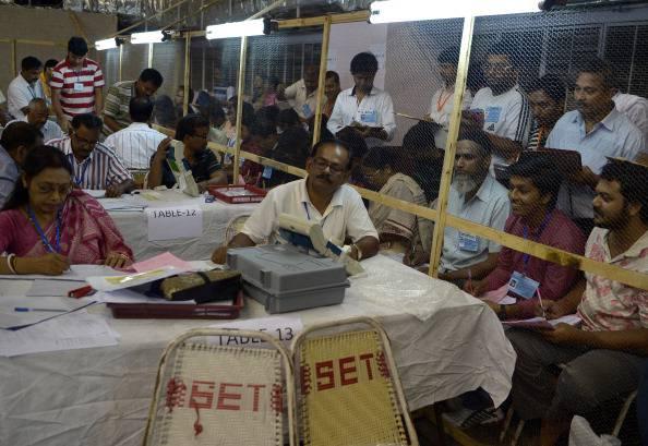 Elezioni in India: vittoria per il centro-destra, sconfitto il partito di Sonia Ghandi