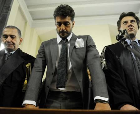 Fabrizio Corona pena ridotta da 3 anni a 8 mesi