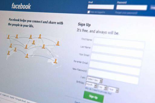 Rallenta la crescita di Facebook e Twitter