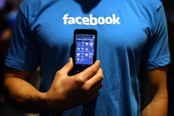 Rivoluzione Facebook: ecco tutto quello  che non si potrà più pubblicare
