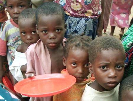 Rapporto Fao: ridotte di 100 milioni in 10 anni le persone che soffrono la fame