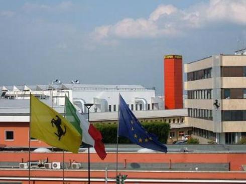 Ferrari: bilancio record nel 2010. Mercato orientale, Formula Uno, nuovi modelli e internet alzano al cielo la Casa di Maranello
