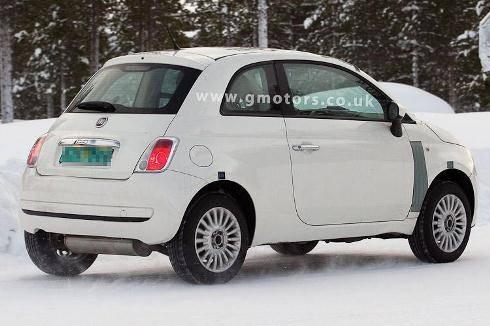 Nuova Fiat Panda: la futura 4x4 si maschera da 500 per ... Panda 500