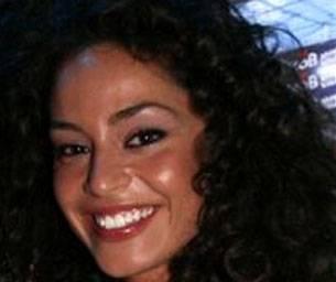 L'Isola dei Famosi 8: Raffaella Fico interessata a Thyago Alves