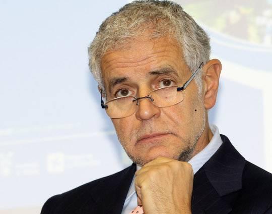 Lombardia: il Consiglio regionale respinge la sfiducia a Formigoni