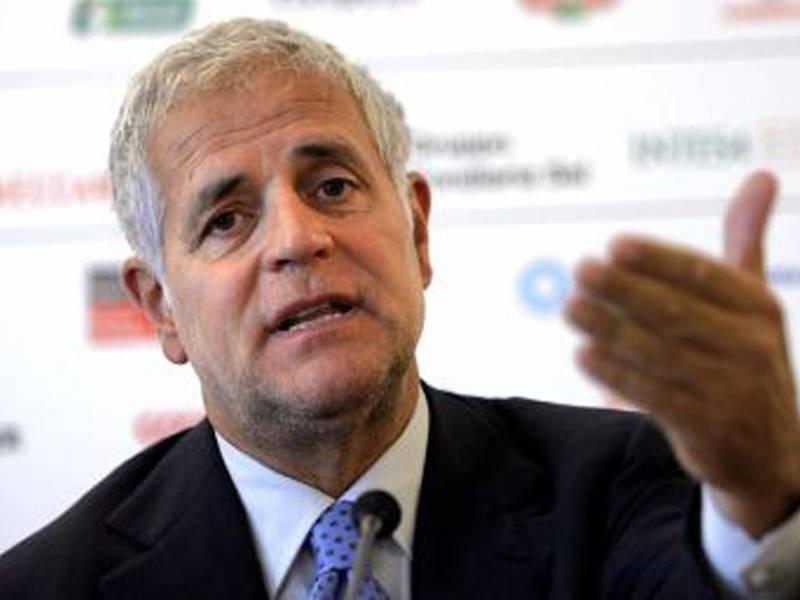 """Referendum 2011, Formigoni: """"Beppe Grillo è ridicolo"""""""