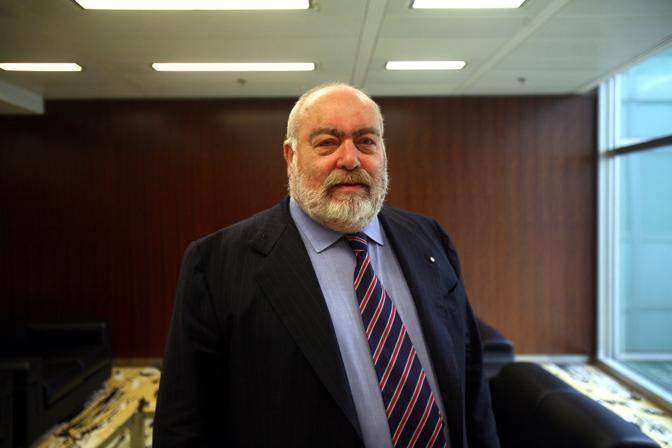 Tangenti in Regione Lombardia: arrestato Franco Nicoli Cristiani, vicepresidente del Consiglio regionale