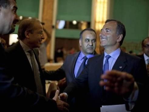 """Guerra in Libia: ministro Frattini in visita a Bengasi. """"Gheddafi se ne deve andare"""""""