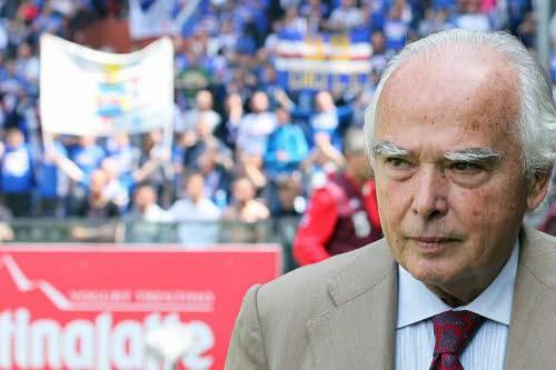 Tifosi della Sampdoria infuriati, sputi e urli contro Garrone