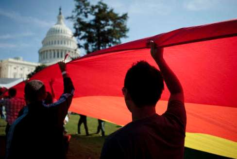 Matrimoni gay negli Stati Uniti: Barack Obama difende le unioni omosessuali