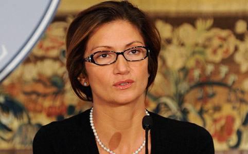 """Riforma Gelmini: 20 mila cattedre tagliate nel 2011, il Pd: """"Il governo sta uccidendo la scuola pubblica"""""""