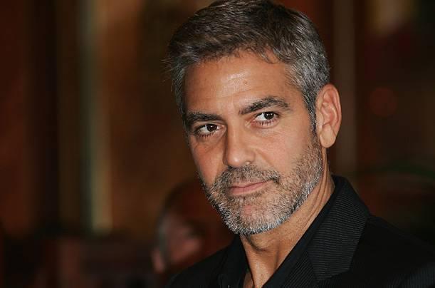 CINEMA / George Clooney, l'attore statunitense posa a petto nudo per 'W Magazine'